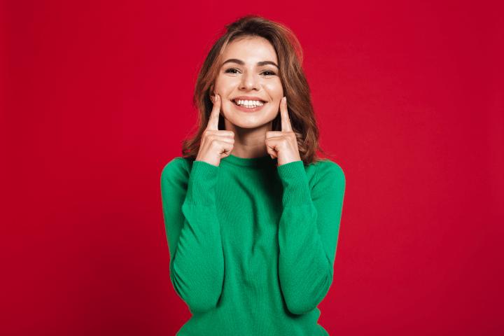 O alinhamento dos dentes pode ser parte da harmonização facial