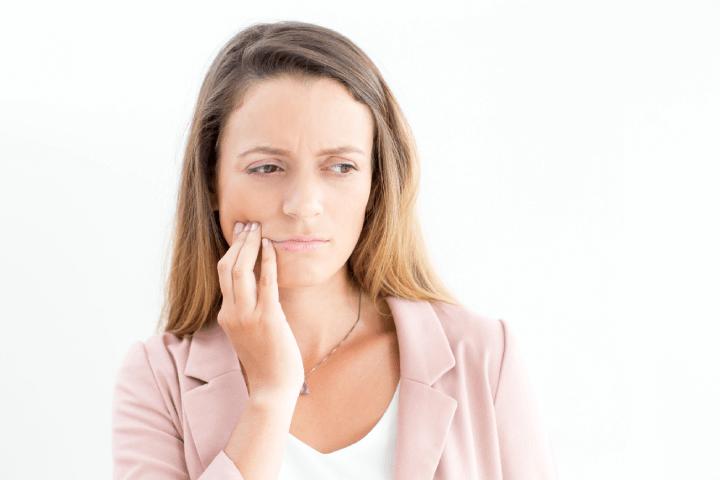A gengivite pode ser incômoda e causar problemas se não for tratada